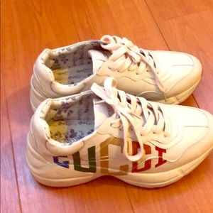 Auth Rhyton Glitter Gucci sneakers